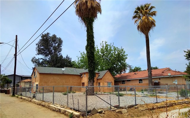 575 N 4th Street, Colton, CA 92324