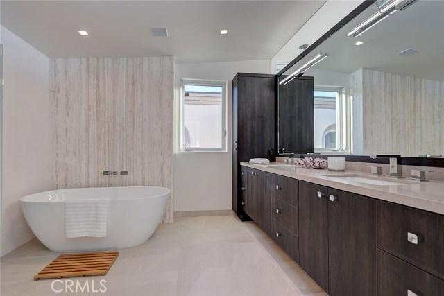 60 The Strand, Hermosa Beach, California 90254, 4 Bedrooms Bedrooms, ,2 BathroomsBathrooms,For Sale,The Strand,SB18295909