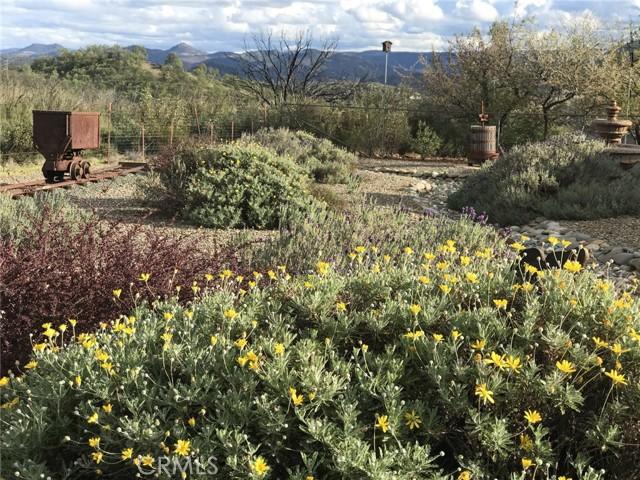 19512 Stonegate Rd, Hidden Valley Lake, CA 95467 Photo 2