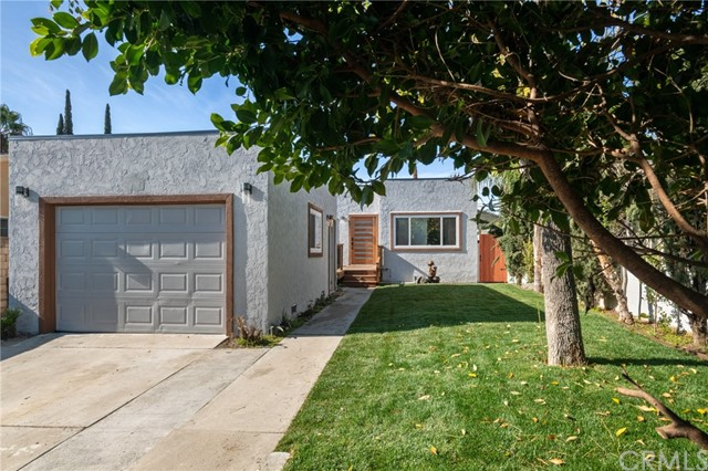 5651 Cleon Avenue, North Hollywood, CA 91601