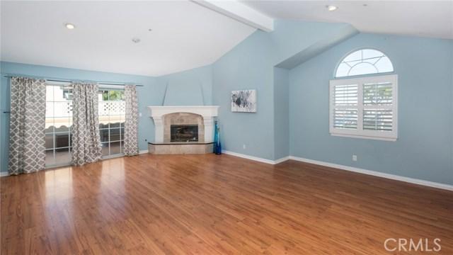 2014 Grant Avenue, Redondo Beach, California 90278, 3 Bedrooms Bedrooms, ,2 BathroomsBathrooms,Townhouse,For Sale,Grant,SB19085077