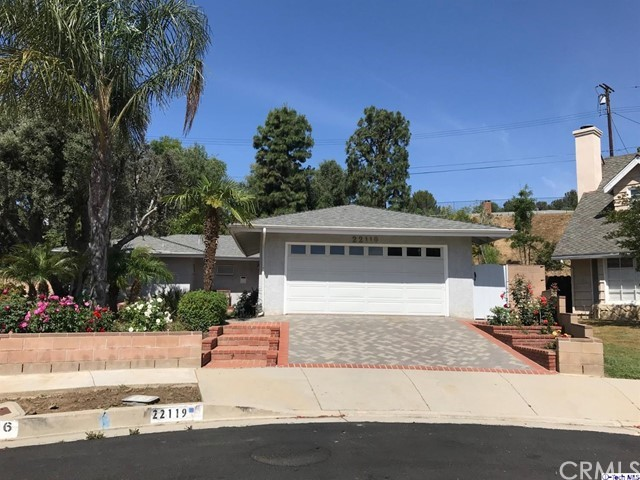 22119 Michale Street, Canoga Park, CA 91304