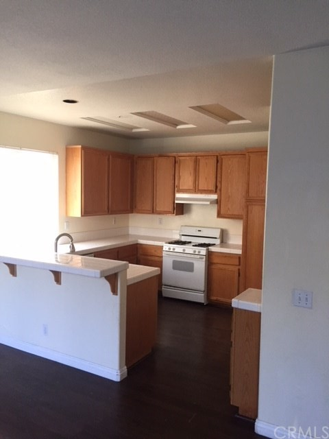 6529 FALCON AVENUE, FONTANA, CA 92336  Photo