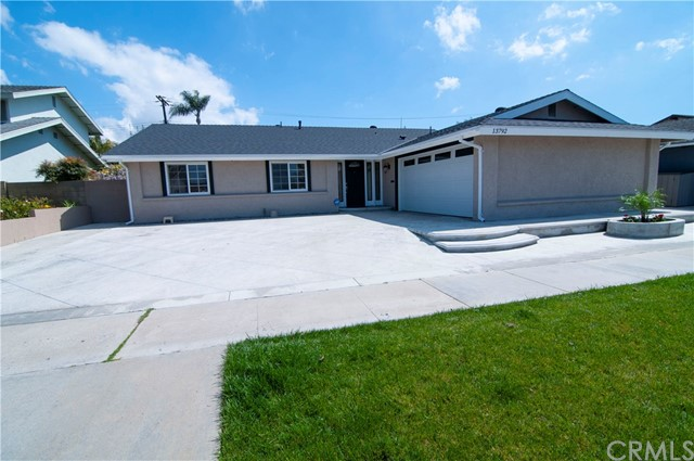 13792 University Street, Westminster, CA 92683