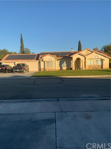 15668 Travis St, Hesperia, CA 92345 Photo
