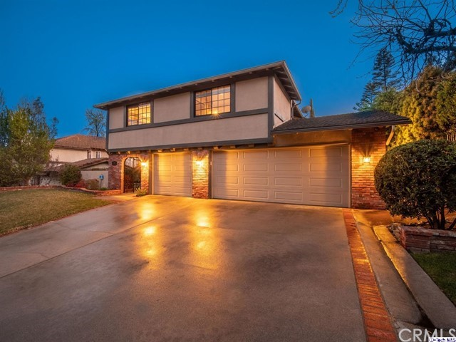 3673 Hampstead Road, Glendale, CA 91206