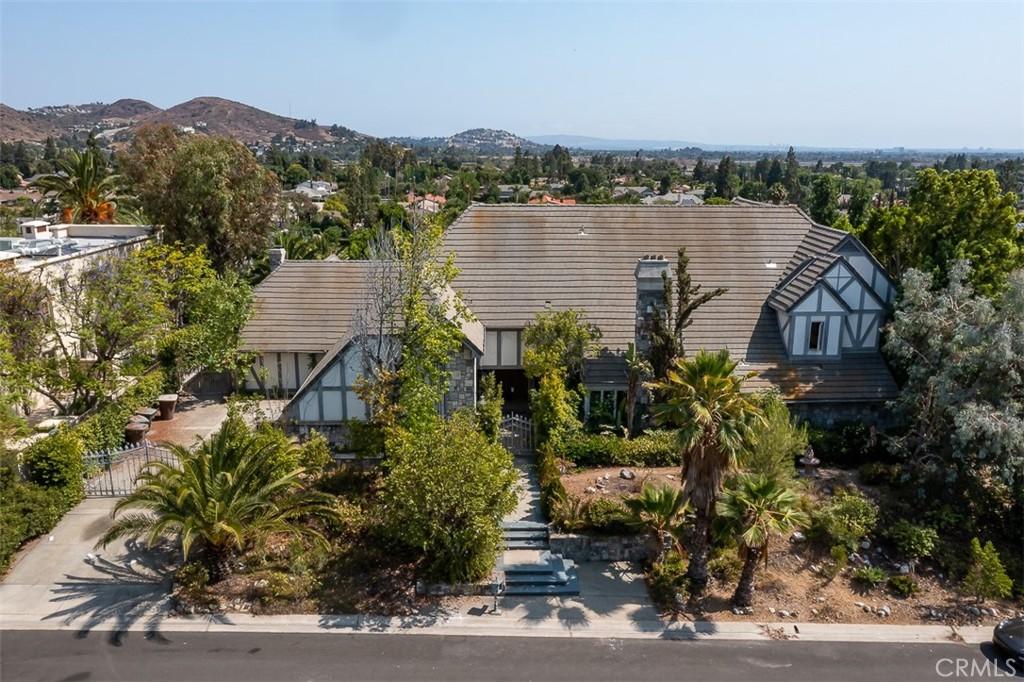 Photo of 18912 Ridgeview Circle, Villa Park, CA 92861