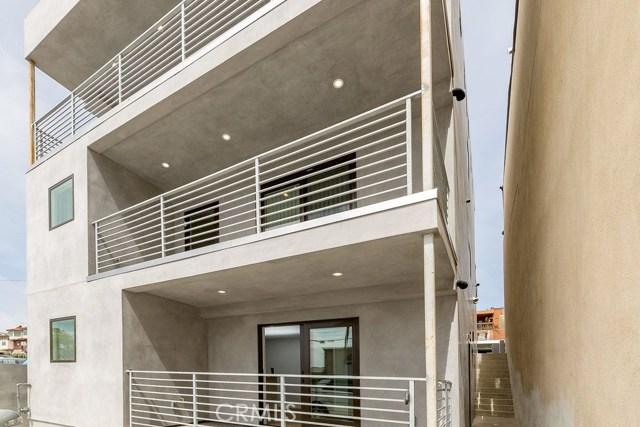 1331 Manhattan Avenue A, Hermosa Beach, California 90254, 2 Bedrooms Bedrooms, ,1 BathroomBathrooms,For Rent,Manhattan,SB18006867