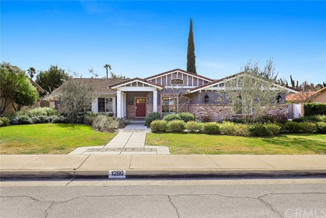 1280 Hidden Springs Lane, Glendora, CA 91741