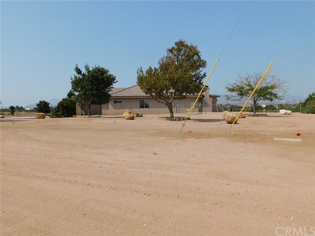 10990 Rodeo Rd, Oak Hills, CA 92344 Photo 1