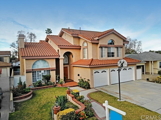 2. 7774 Gainford Street Downey, CA 90240