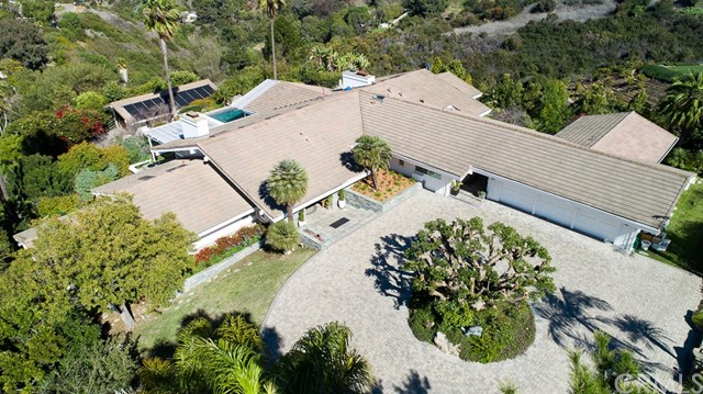 27 Buggy Whip Drive, Rolling Hills, CA 90274