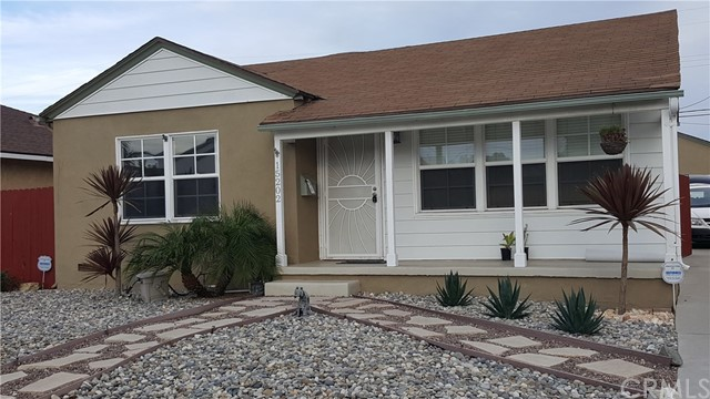 Photo of 15202 Fonthill Avenue, Lawndale, CA 90260