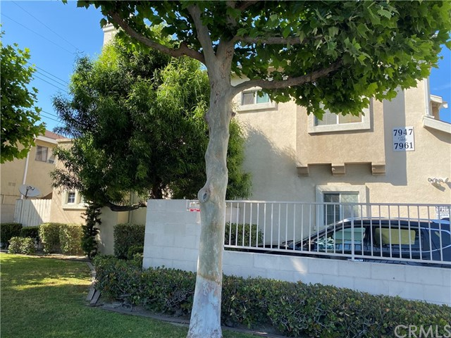 7949 Stewart And Gray Road, Downey, California 90241, 3 Bedrooms Bedrooms, ,3 BathroomsBathrooms,Residential,For Sale,Stewart And Gray,OC21114998