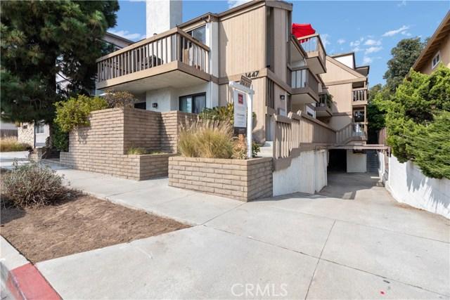 1447 Manhattan Beach Boulevard E, Manhattan Beach, California 90266, 3 Bedrooms Bedrooms, ,2 BathroomsBathrooms,For Sale,Manhattan Beach,OC20214796