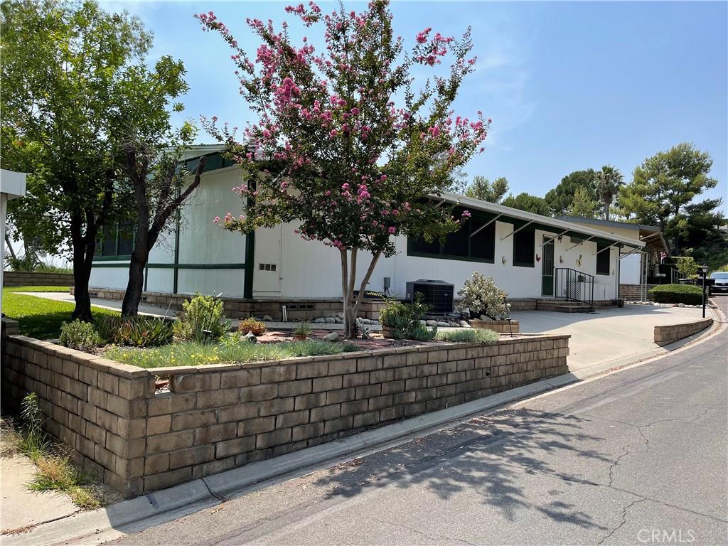 Photo of 4040 E Piedmont Drive #286, Highland, CA 92346