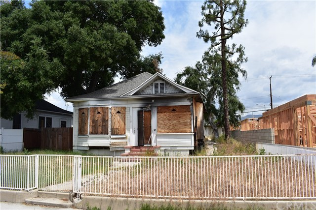 143 W Center Street, Covina, CA 91723
