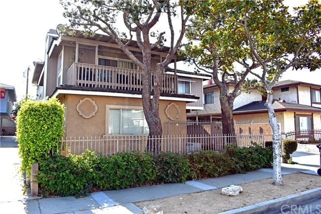 12612 Cranbrook Avenue, Hawthorne, CA 90250