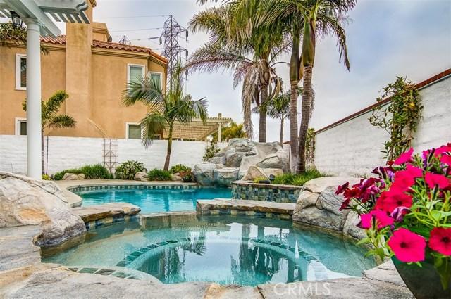 21221 Hillsdale Lane, Huntington Beach, CA 92646