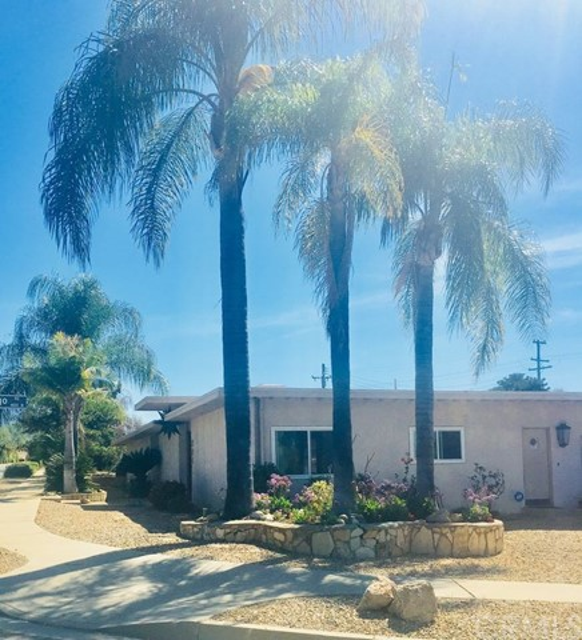 204 E College Way, Claremont, CA 91711