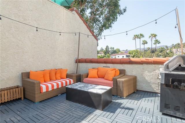 16. 1900 Vine Street #308 Los Angeles, CA 90068