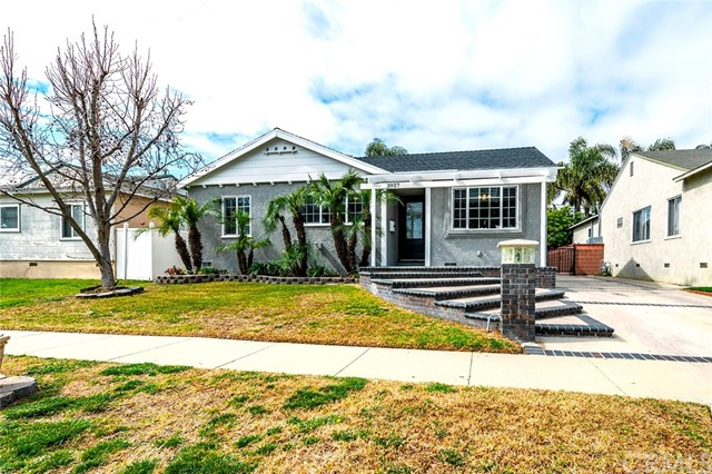 3927 Conquista Avenue, Long Beach, CA 90808
