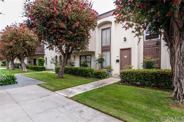 9805  Jamaica Circle, Huntington Beach, California