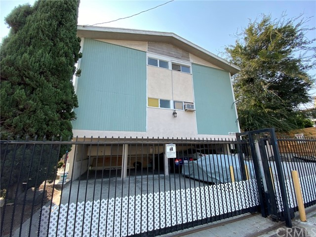 PRICE REDUCED $251,000!   Seller motivated.  Soft-story retrofits completed.  Three buildings on two lots. 1121 is a 4-plex with separate water heaters. 1125 is 7 a seven-unit building, and 1118 Lymar Place is an adjacent 4-plex.  All units are separately metered for gas and electric. Good unit mix with one 4-bedroom and 2-bath; five 2-bedroom, 1-bath; six 1-bedroom, 1-bath and three studios. On-site laundry, 20 parking space,  pitched roof. Newer hardwood floors and ceramic tile (most units). These two lots sold and three buildings to be sold together. This property is also offered as part of five building portfolio (see attached Offering Memorandum). Shown on accepted offers only. Please do not disturb the tenants.