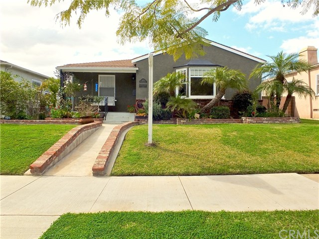 3555 Gardenia Avenue, Long Beach, CA 90807