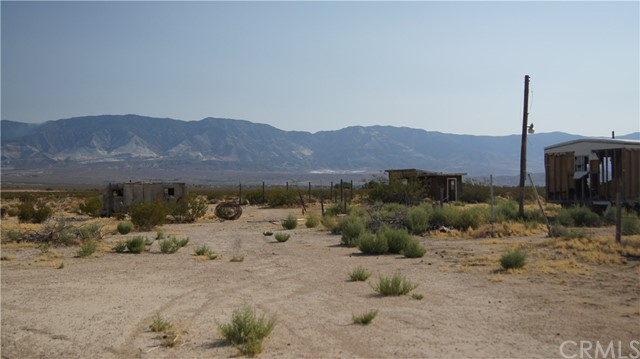 37023 Rabbit Springs Rd, Lucerne Valley, CA 92356 Photo 9