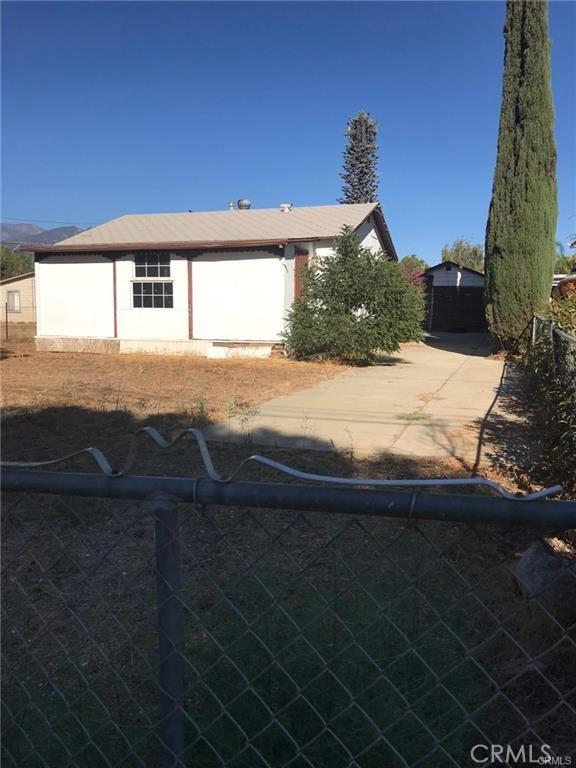 927 Avenue B, Calimesa, CA 92320