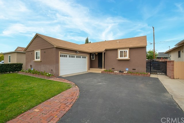 10229 Foster Road, Downey, CA 90242