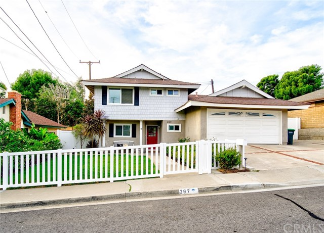 267 Brentwood Place, Costa Mesa, CA 92627