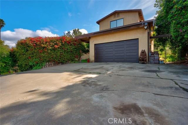 1450 Pine Vista Road, Escondido, CA 92027
