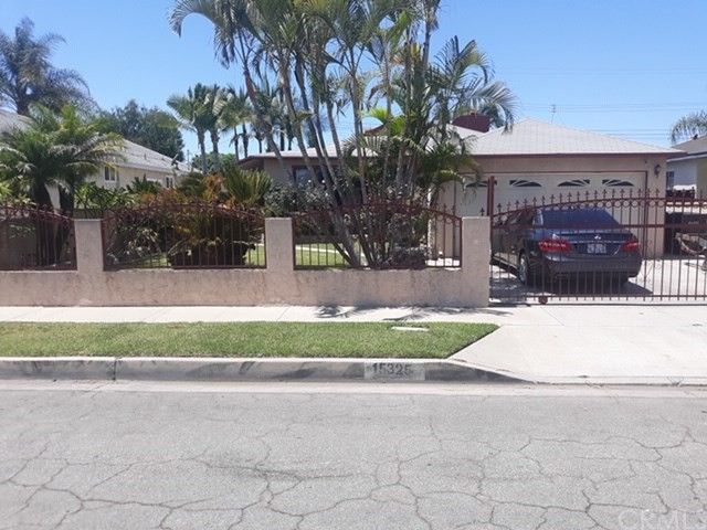 15325 Roper Avenue, Norwalk, California 90650, 2 Bedrooms Bedrooms, ,2 BathroomsBathrooms,Single Family Residence,For Sale,Roper,SB20156955