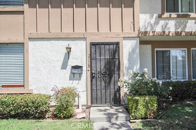 211 W Alton Avenue B, Santa Ana, CA 92707