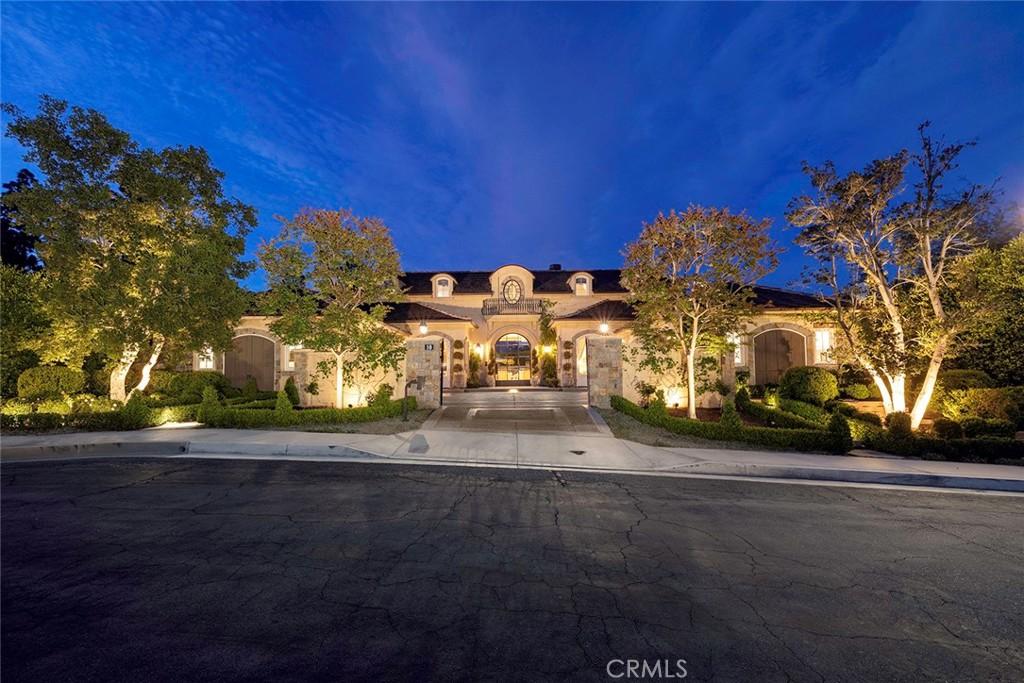 Photo of 10 Pinehurst Lane, Newport Beach, CA 92660