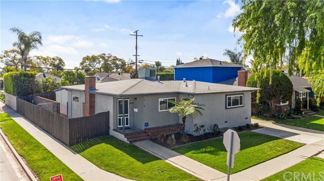 2290 Tevis Avenue, Long Beach, CA 90815
