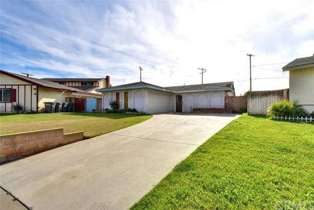 1116 215th Place, Carson, California 90745, 4 Bedrooms Bedrooms, ,2 BathroomsBathrooms,Single family residence,For Sale,215th,PW19020897
