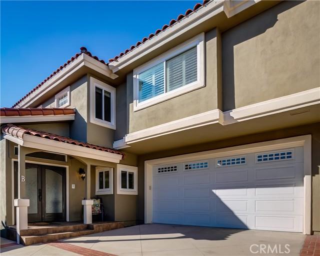 2208 Huntington Lane B, Redondo Beach, California 90278, 4 Bedrooms Bedrooms, ,2 BathroomsBathrooms,For Sale,Huntington,SB21022520