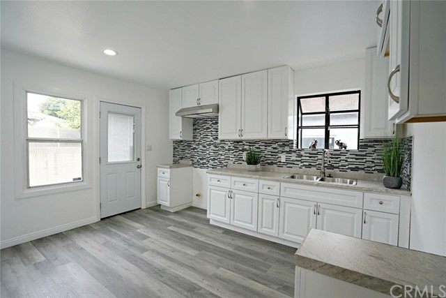 9121 Foster Road, Downey, CA 90242