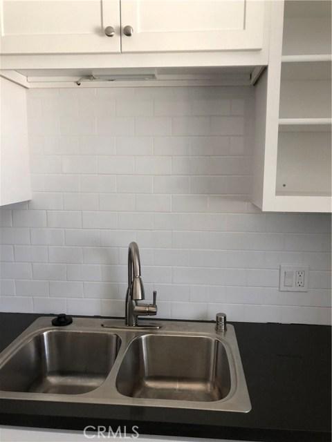 221 S Calle Miramar A, Redondo Beach, California 90277, 2 Bedrooms Bedrooms, ,1 BathroomBathrooms,For Rent,S Calle Miramar,PV19176372