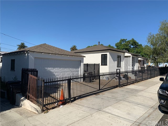 1435 Chestnut Avenue, Long Beach, CA 90813