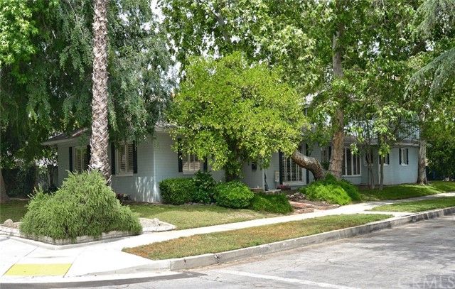 662 N Laurel Avenue, Upland, CA 91786