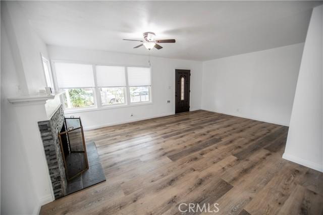 Main House Livingroom