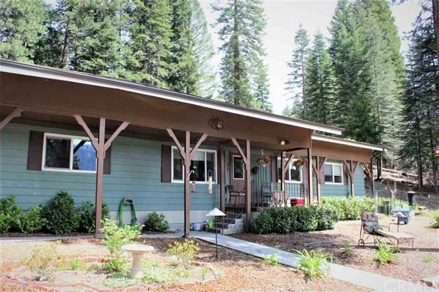 5812 North Old Stage Rd, Mount Shasta, CA 96067