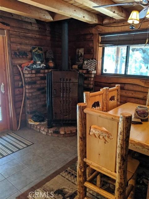 2424 Spruce Dr, Arrowbear, CA 92382 Photo 10