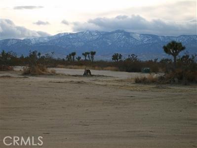 0 E Mojave Road E, Phelan, CA 92329