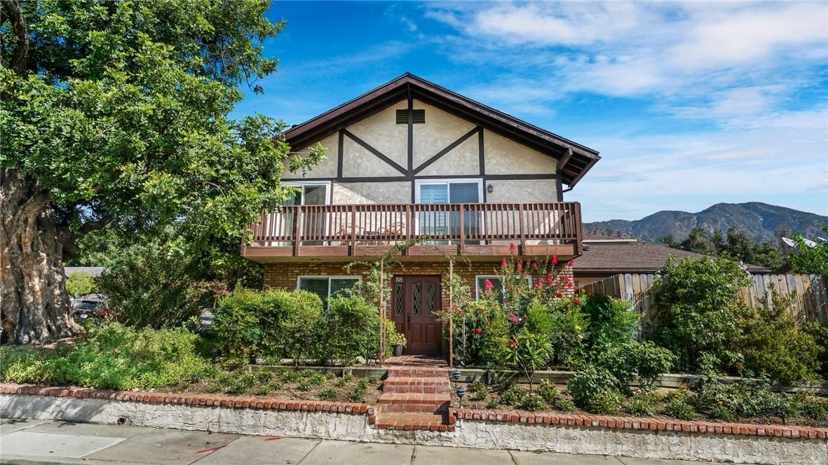 88 Auburn Avenue, Sierra Madre, CA 91024