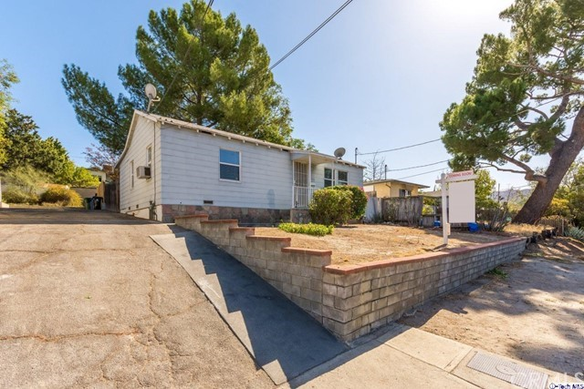 10356 Mcclemont Avenue, Tujunga, CA 91042